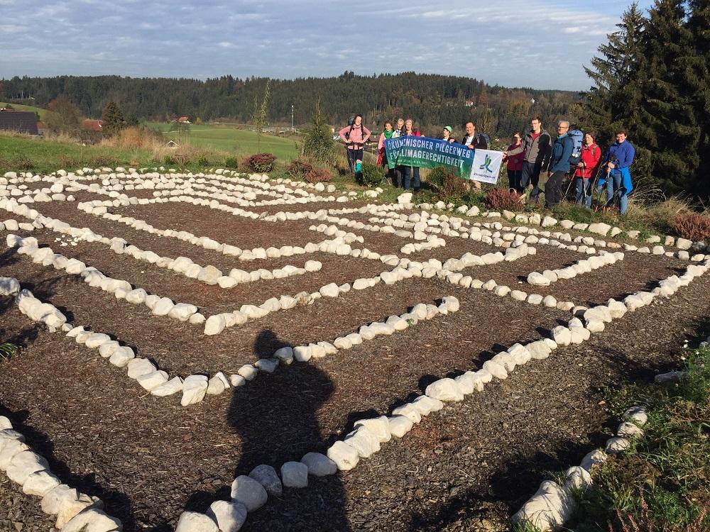 19. Tag: Das Labyrinth am Haus der fremden Freunde